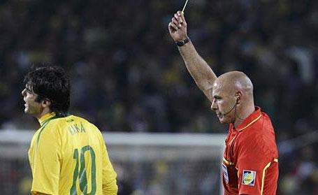Pasaulio futbolo čempionate 2014 – žaidėjai gavę geltonas korteles