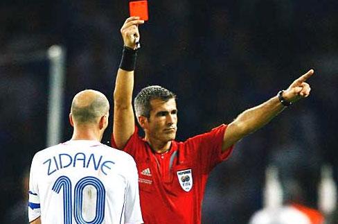 Pasaulio futbolo čempionate 2014 – žaidėjai gavę raudonas korteles